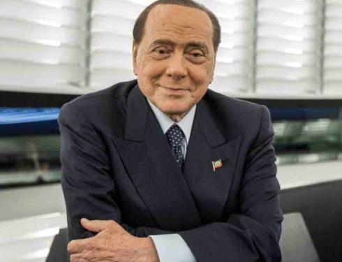 Silvio Berlusconi, lavori in corso per la sua Villa Certosa | Come diventerà la ricca dimora dell'imprenditore