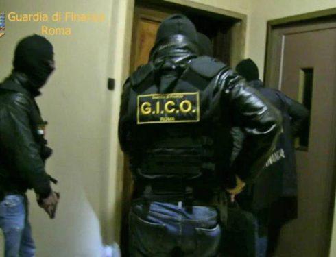 """'Grande raccordo criminale', condanne severe per la banda di """"Diabolik"""""""