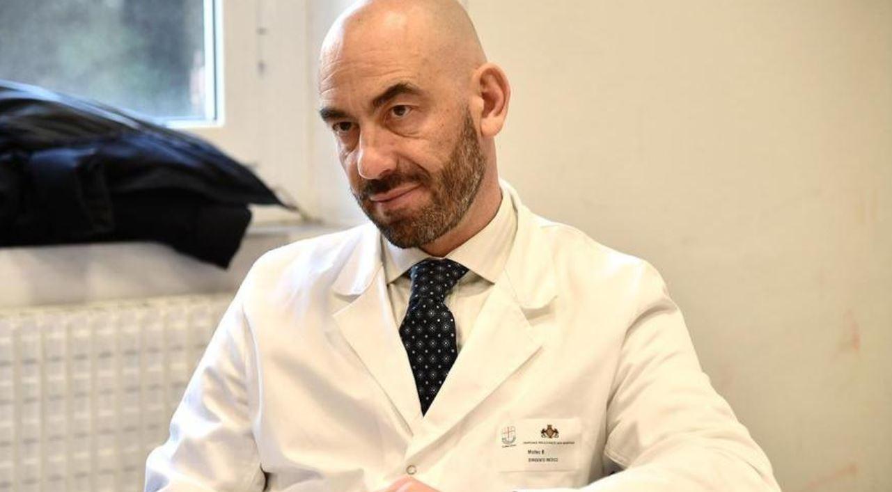"""AstraZeneca, Bassetti cambia idea: """"Troppi errori di comunicazione: fermare il vaccino per tutte le fasce di età"""".  """"Chi si scuserà con i ragazzi?"""""""
