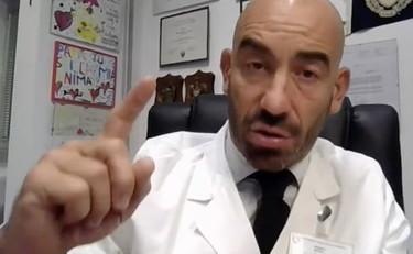 """Covid, Bassetti ai no vax: """"Vi denuncio tutti"""""""