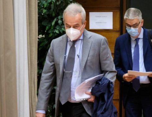 """Virus, Cts verso l'addio. Ciciliano: """"Emergenza sta per finire. Stop riunioni"""""""